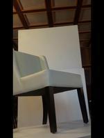 луксозни дървени кресла с разнообразни размери